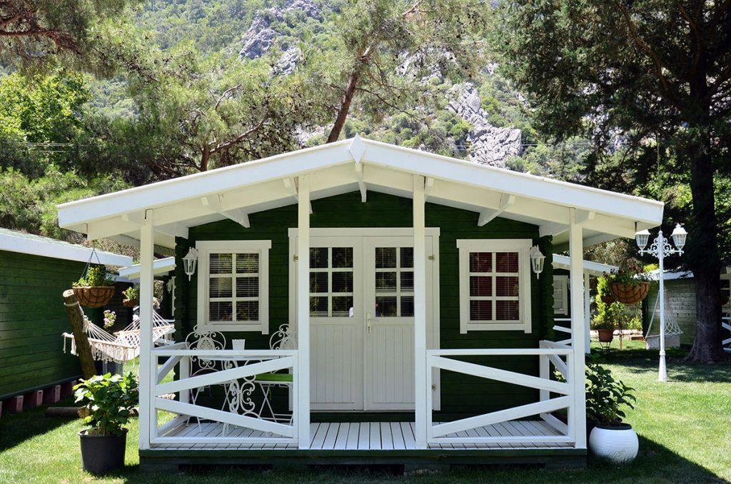 Lukkies Lodge Çıralı Bungalow